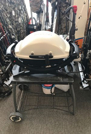 Weber portable grill for Sale in Lakeland, FL