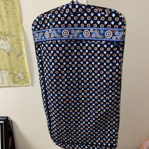 "LIKE NEW Vera Bradley ""Night Owl"" Garment Bag for Sale in Lawrenceville, GA"