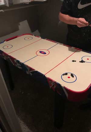 Air hockey table for Sale in Irving, TX