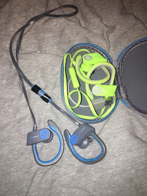 Powerbeats 2 Wireless for Sale in East Cleveland, OH