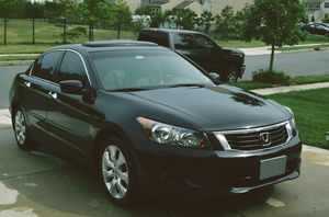 Honda Accord 2008 EX-L Weather tec floor mats. Everything works for Sale in Tampa, FL
