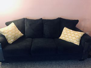 Navy blue 3 person couch for Sale in Staten Island, NY