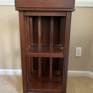 2 Side Tables for Sale in Fresno, CA