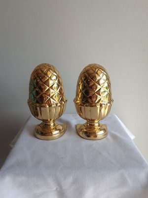 Vintage brass acorn bookends from the 60s for Sale in West Palm Beach, FL