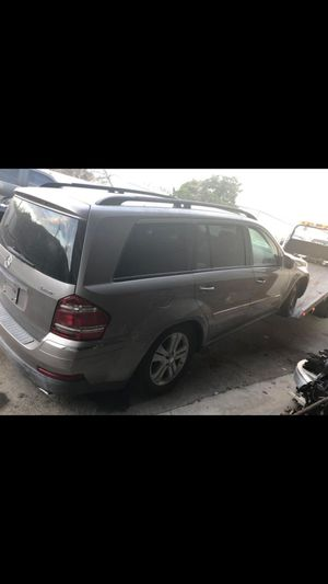 2007 2008 2009 2010 2011 2012 mercedes Gl 450 350 for parts only for Sale in Richardson, TX