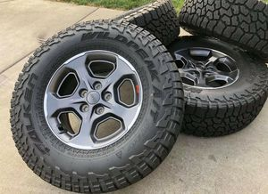 """17"""" Jeep Gladiator Wrangler Brand new wheels and tires L for Sale in Solana Beach, CA"""