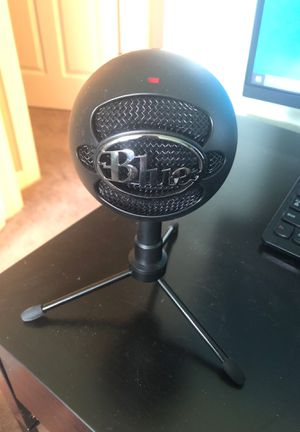 Blue Snowball Microphone for Sale in Sioux Falls, SD