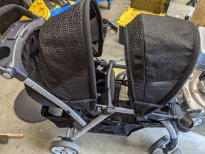 Chicco Cortina Together Double Stroller for Sale in Marysville, WA