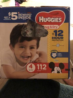 huggies sung and dry diapers size 4, 112 diapers, new box not open for Sale in Lynwood, CA