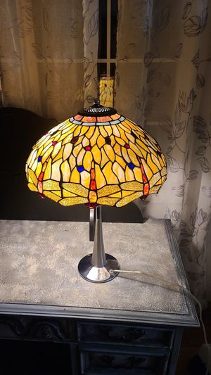 DRAGONFLY STAINED GLASS LAMP for Sale in Vancouver, WA