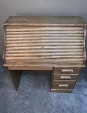 Vintage Roll-top Wood Desk for Sale in Cashmere, WA