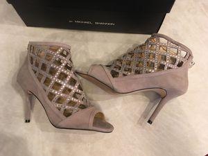 Michael Kors Designer Beautiful Rhinestone Shoes 7 1/2 M - Trade Something? for Sale in Las Vegas, NV