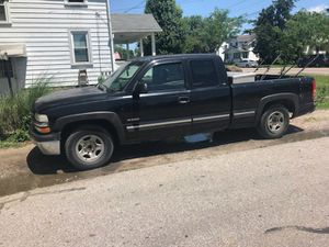 Chevy silverado 1500. for Sale in Columbus, OH