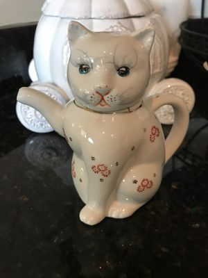 Beautiful! Vintage Collectors Orenital Kitty Creamer for Sale in Gainesville, VA