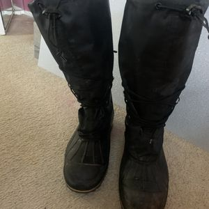 Authentic Baffin Insulated waterproof boots size 11 R for Sale in Fort Lauderdale, FL