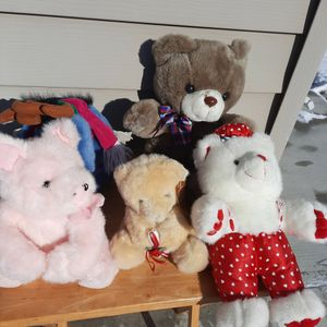 Lot Of Stuffed Animals for Sale in Chicago, IL