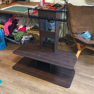TV Stand That Holds Up To 65Inch for Sale in Los Angeles, CA