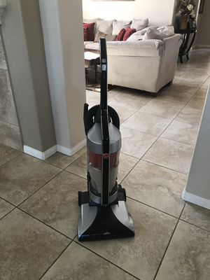Hoover Windtunnel Vacuum for Sale in Lake Elsinore, CA