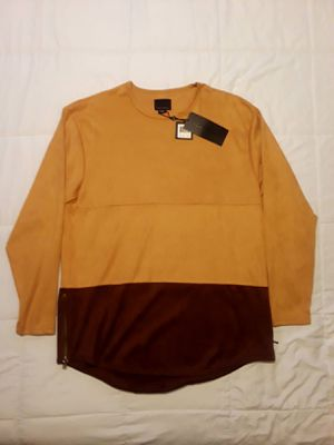 Decibel Long Sleeve Elongated Shirt XL for Sale in Orlando, FL