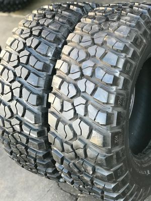35/12.50R17 BFGoodRich KM2 tires (2 for $300) for Sale in Whittier, CA