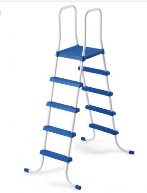Intex Pool ladder for Sale in Utica, MI