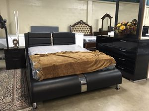 Brand new queen size bedroom set with mattress $959 financing available for Sale in Hialeah, FL