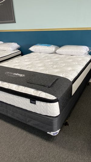 Queen Pillow Top Foam Mattress Available today FINANCE NO CREDIT NEEDED BJR for Sale in Irving, TX