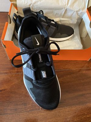Men's Nike Shoes 7.5 for Training or Running $65 Brand New Never Used Must Pick Up for Sale in Clarksville, TN