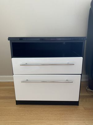 White & Black Laquer Dresser & Nightstand for Sale in Los Angeles, CA