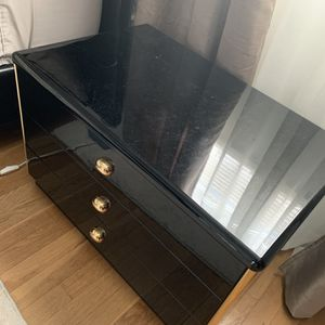 Night Stand for Sale in Alexandria, VA