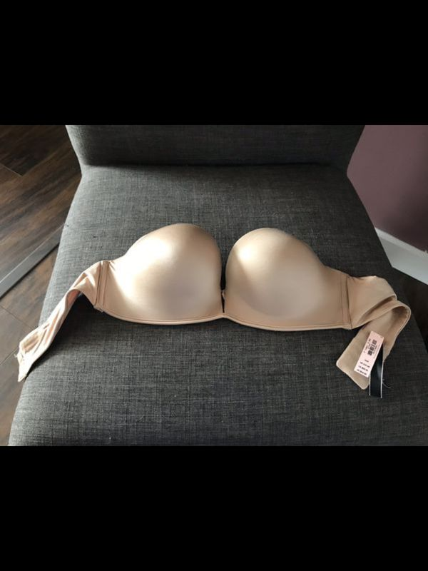 ec90b7ac0a Victoria s Secret Bombshell Bra for Sale in Albuquerque