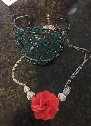 Floral Jewelry and bracelet for Sale in Chicago, IL