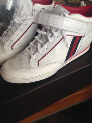 Gucci men's sneakers 9 1/2 for Sale in Haledon, NJ