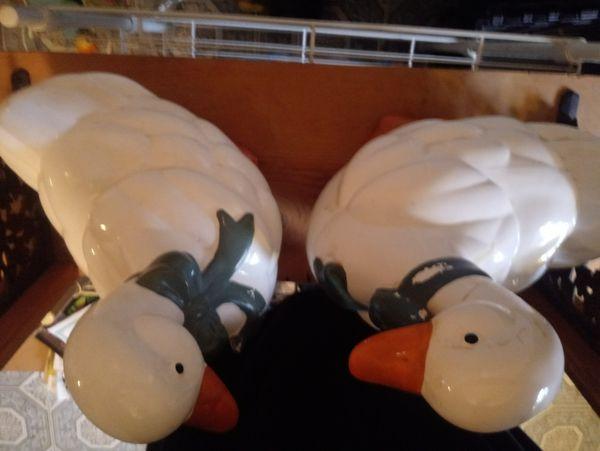 2 duck cookie jar