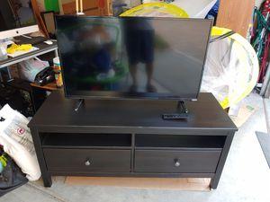 VIZIO TV 39 INCH WITH IKEA TV STAND for Sale in Irvine, CA