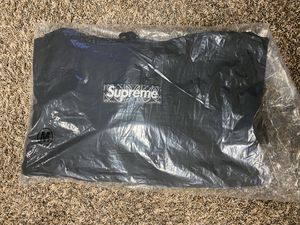 Looking For trades Only Supreme Box Logo Black Bandanna Hooded Sweatshirt Size Medium Brand New for Sale in Pasadena, CA