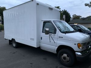 1998 Ford E-350 box van for Sale in Beaverton, OR