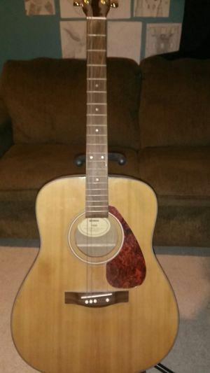 Yamaha guitar for Sale in Saint Joseph, MO