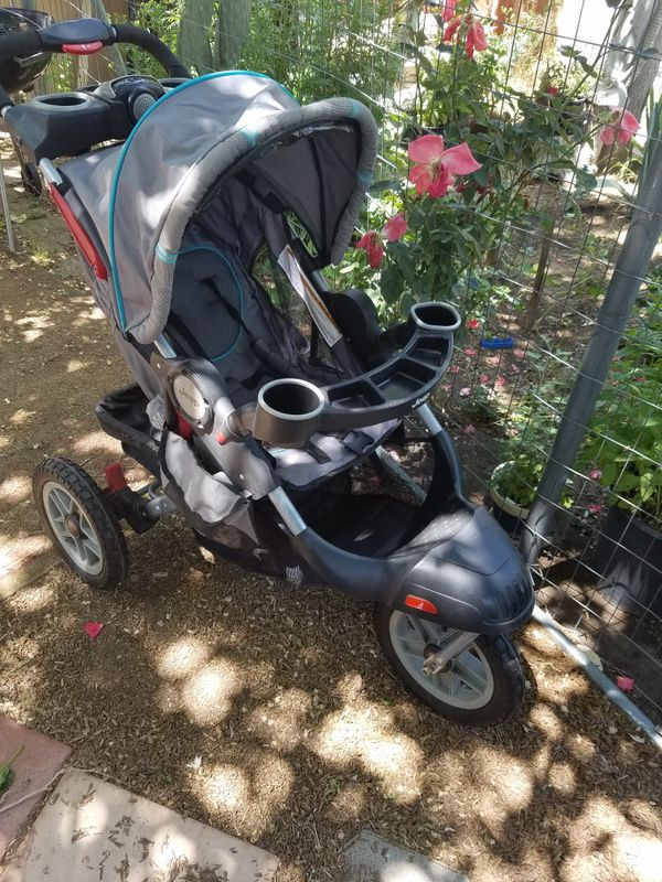 Jeep Running stroller with music on the go