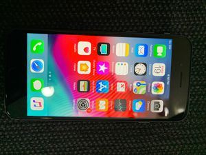 iPhone 8 CLEAN! for Sale in Columbia, MO
