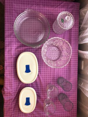 Misc glass & Pyrex items for Sale in Tomball, TX