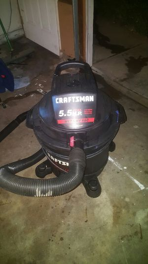Craftsman 5.5 hp WET/DRY vacume almost new for Sale in Fresno, CA