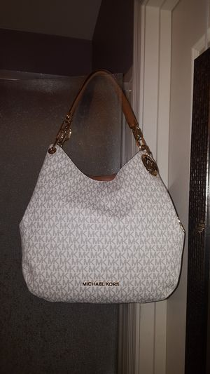 Michael kors size large for Sale in Phoenix, AZ