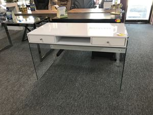 Desk for Sale in Irving, TX