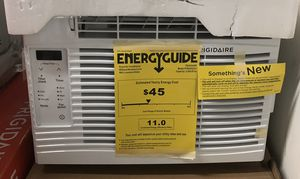 Frigidaire 5000 BTU window air conditioner ac unit for Sale in Houston, TX