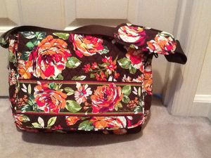 Vera Bradley Messenger/ PC Bag Never been used for Sale in Stamford, CT