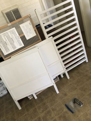 BABY CRIB MUST GO for Sale in San Diego, CA