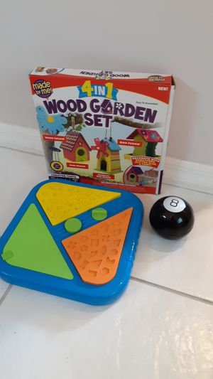 Craft project for kids, game similar to perfection and Magic 8 Ball $3 each for Sale in Plantation, FL