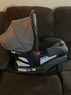 Graco- Infant and Toddler- Double- Stroller w/ Car Seat and Base for the Car for Sale in Anaheim, CA