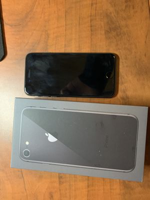 iPhone 8 64gb space grey for Sale in Nashville, TN